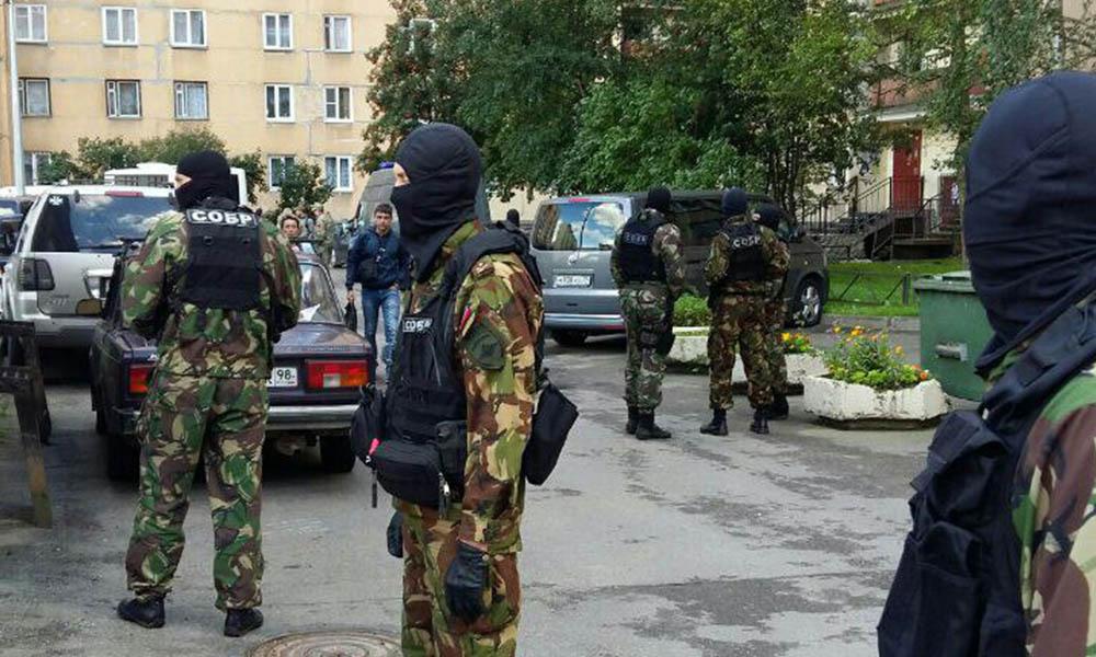 Один боевик был убит и трое задержаны во время операции спецслужб в Санкт-Петербурге