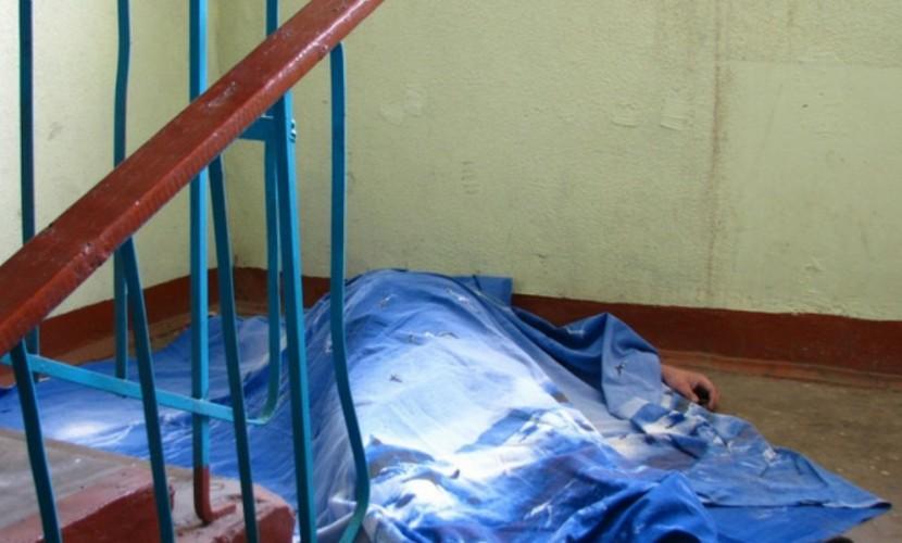 Соседи выхинского головореза: Зверское убийство с расчленением совершалось под звуки молитв