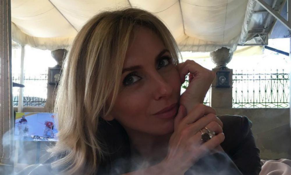 Экс-супруга Бондарчука показала себя обнаженную в роскошной гостиной