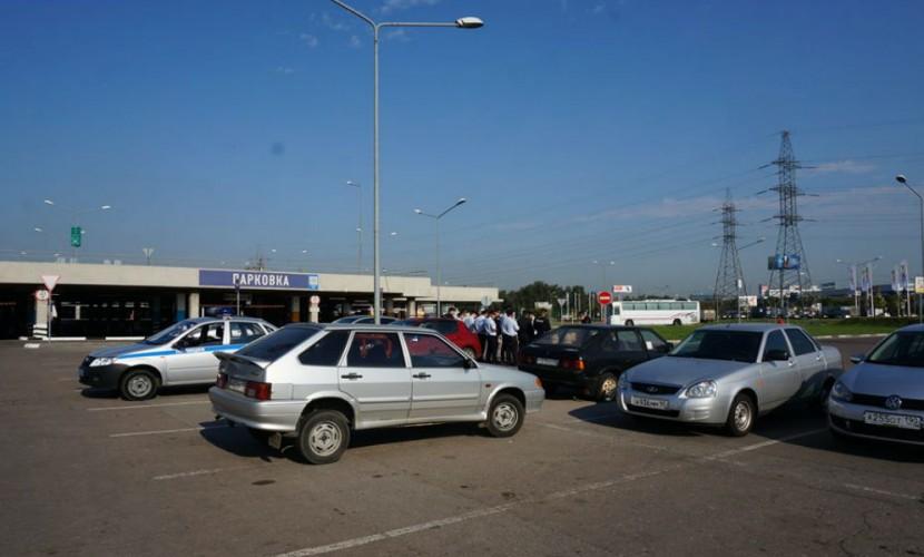 Полиция заблокировала в Химках ехавших в Ростов на поддержку кубанским фермерам дальнобойщиков