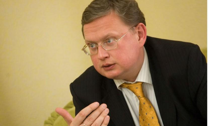 Конфликт Украины с Россией разожгли ради помощи