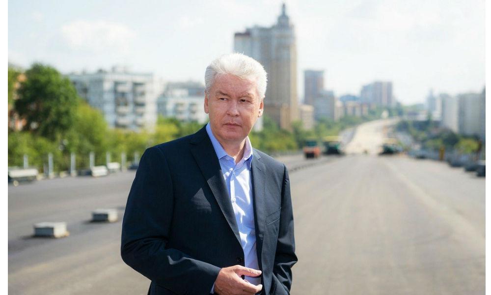 Мэр Москвы пригрозил любителям езды по пешеходным зонам ужесточением наказания
