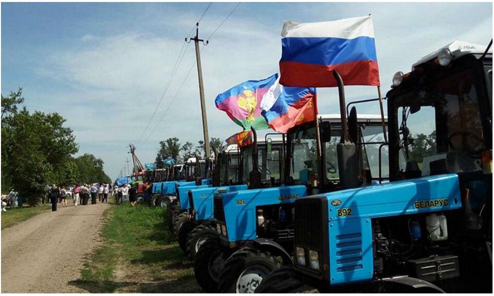 Протестующие фермеры смогут подойти близко к Москве месяца через два, - Хазин