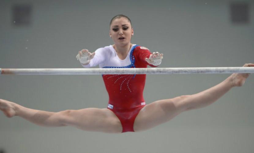 Гимнастка Алия Мустафина подарила России бронзу в личном многоборье
