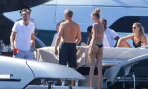 Ди Каприо был пойман папарацци на роскошной яхте российского олигарха Доронина у берегов Ибицы