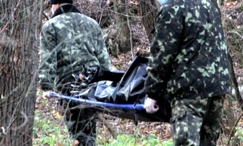 Мужчину и женщину нашли убитыми в лесу под Воронежем