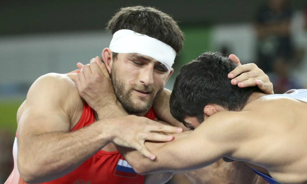Российский борец Гедуев на последних секундах упустил олимпийское золото и стал вторым