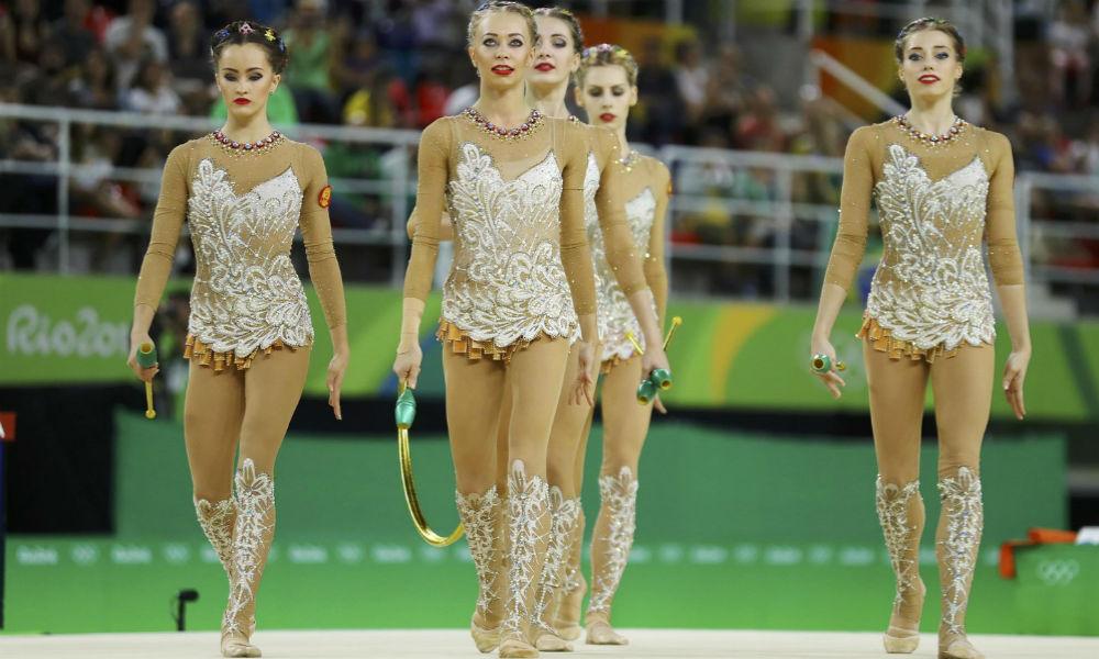 Булавы и обручи помогли российским красавицам-«художницам» завоевать золото на Олимпиаде в Рио