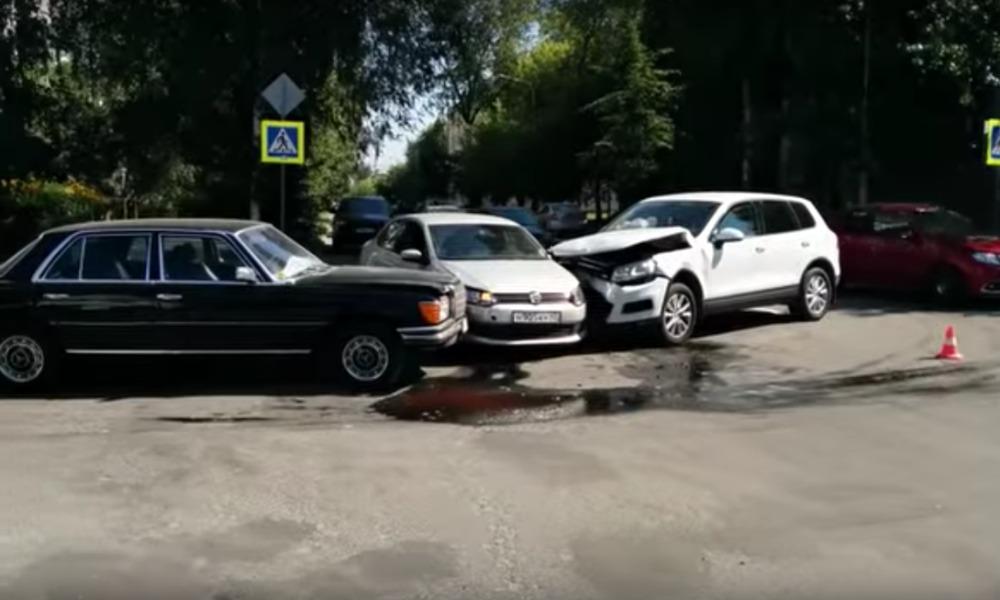 Опубликовано видео с места ДТП, в котором виновна жена бывшего губернатора Курганской области
