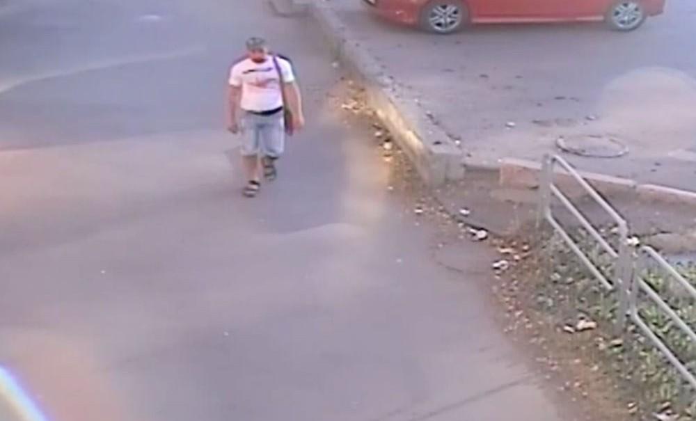 Серийный маньяк изнасиловал 7-летнюю девочку возле детского сада в Челябинске