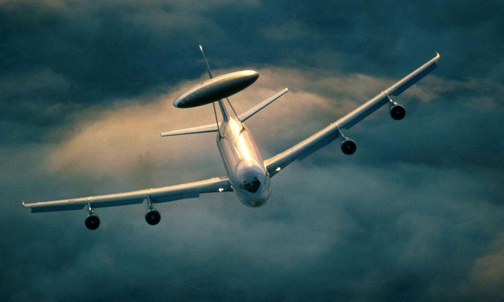 НАТО из-за борьбы с ИГИЛ сокращает активность в странах Восточной Европы