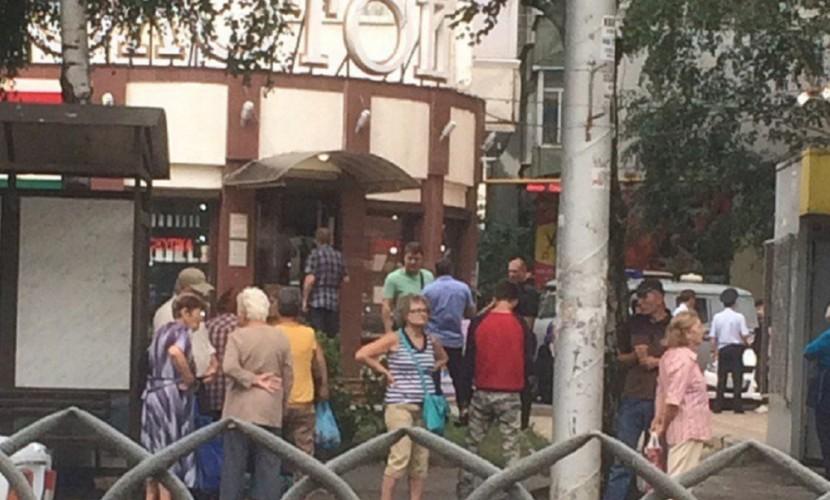 Грабители расстреляли полицейских при нападении на ювелирный магазин в Ставрополе