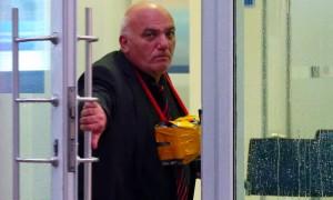 Захвативший заложников в московском банке Петросян хотел без жертв привлечь внимание