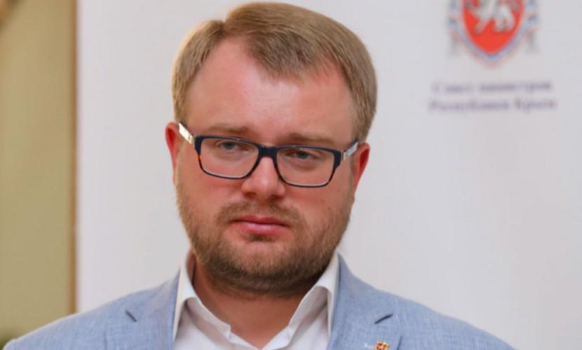 «Гнилой металлолом флотом не является»: власти Крыма высмеяли слова главкома ВМС Украины