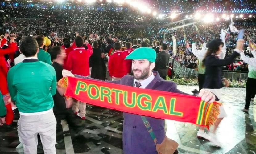 Преступник с ножом напал на министра образования Португалии в Рио-де-Жанейро