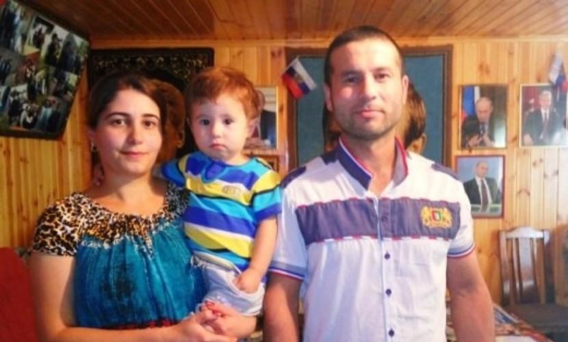 Живущие во Владимирской области мигранты из Таджикистана поменяли имя сыну на Путин