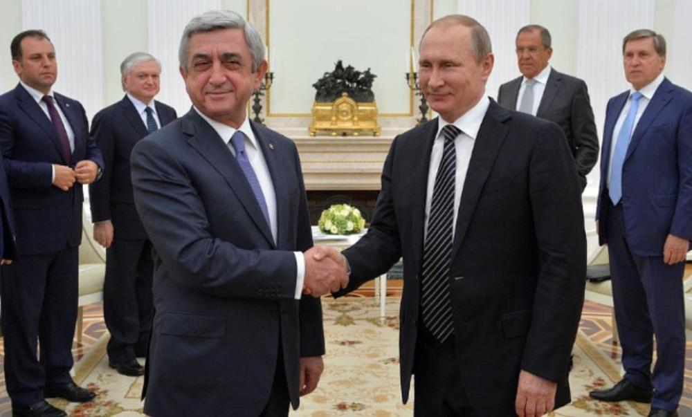 Президент Армении подтвердил Путину готовность выполнять достигнутые соглашения по Карабаху