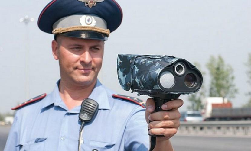 Автоинспекторам запретили использовать ручные радары для измерения скорости