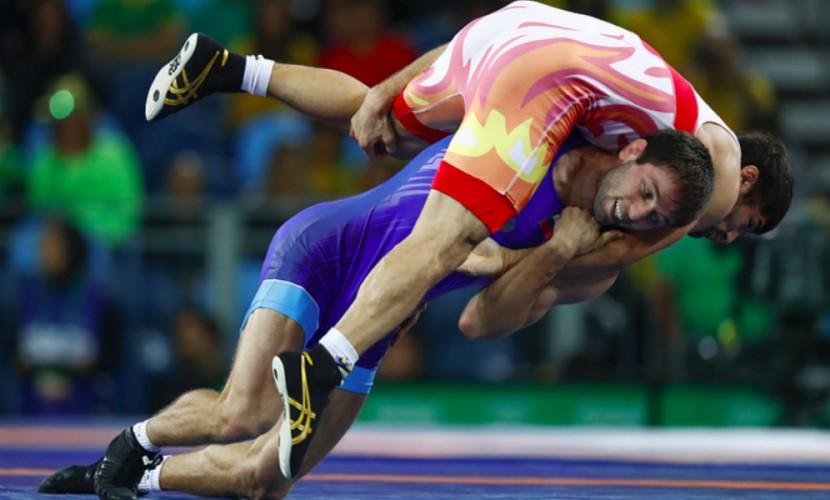 Российский борец феерично разгромил соперника из Азербайджана и завоевал золото на Олимпиаде в Рио