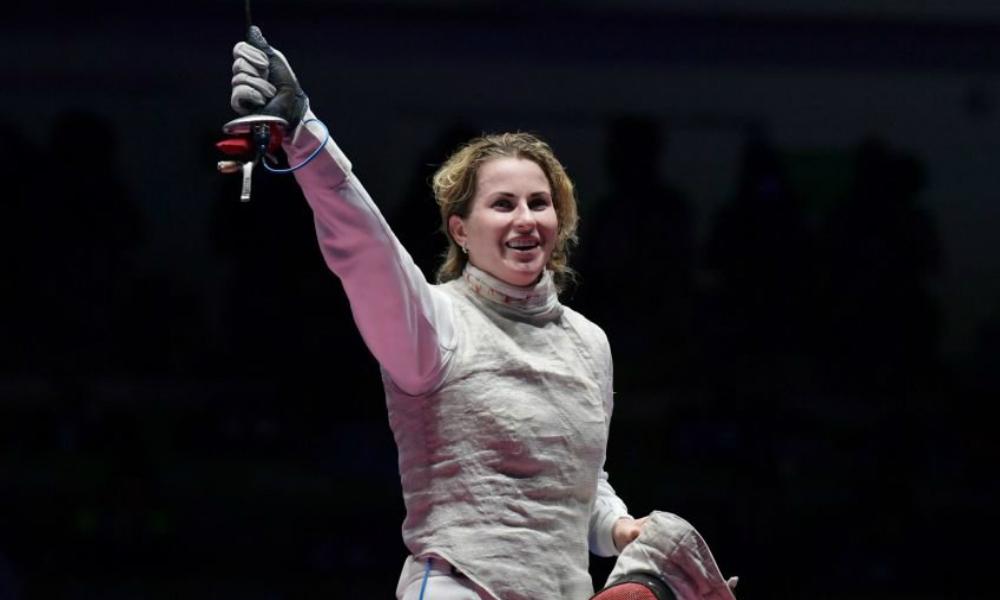 Российская рапиристка Дериглазова переборола панику и выиграла «золото» Олимпиады-2016