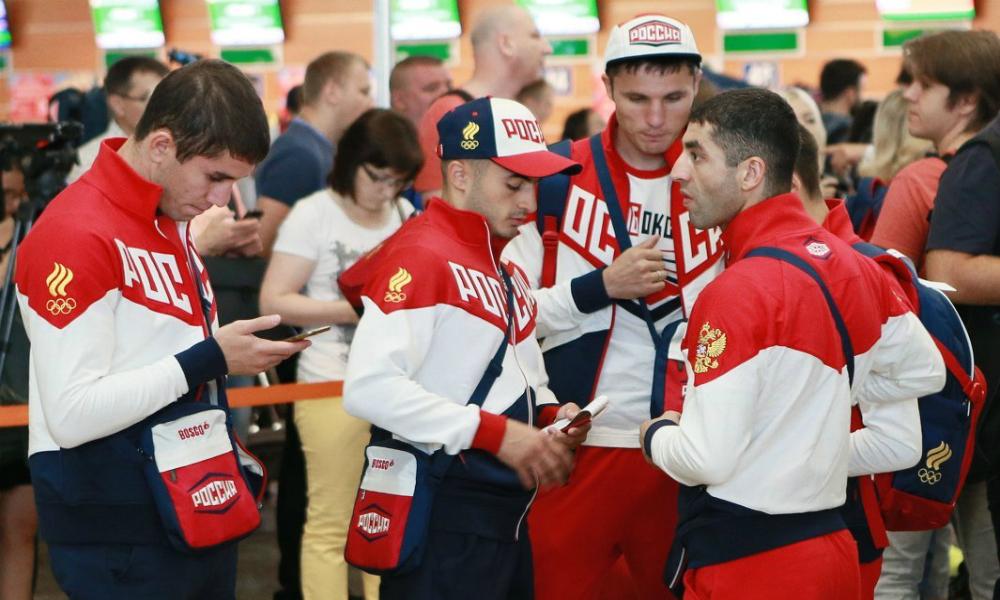 Застрявший из-за матрешки рейс с российскими олимпийцами вылетел из Рио-де-Жанейро с опозданием в 4,5 часа