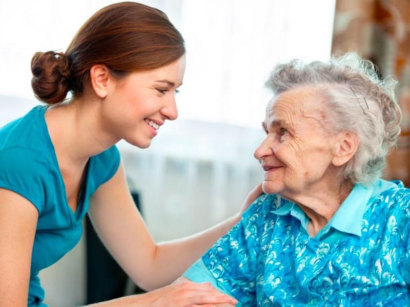 Разговоры с родственниками оказывают удивительный эффект на жизнь человека, - ученые