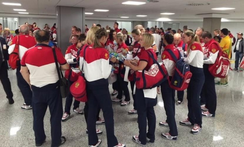 Второй самолет с российскими олимпийцами вылетел из Рио-де-Жанейро с опозданием в 6 часов