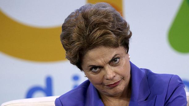 Темер занял президентское кресло Бразилии после отстранения сенатом страны Руссефф