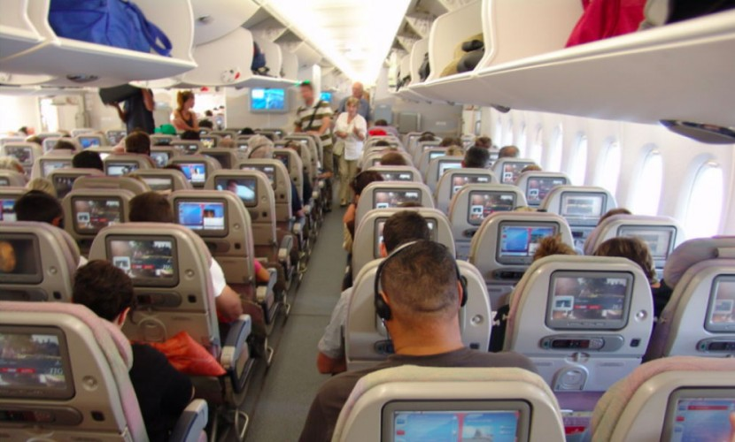 Самолет экстренно сел вНижневартовске из-за больных пассажиров