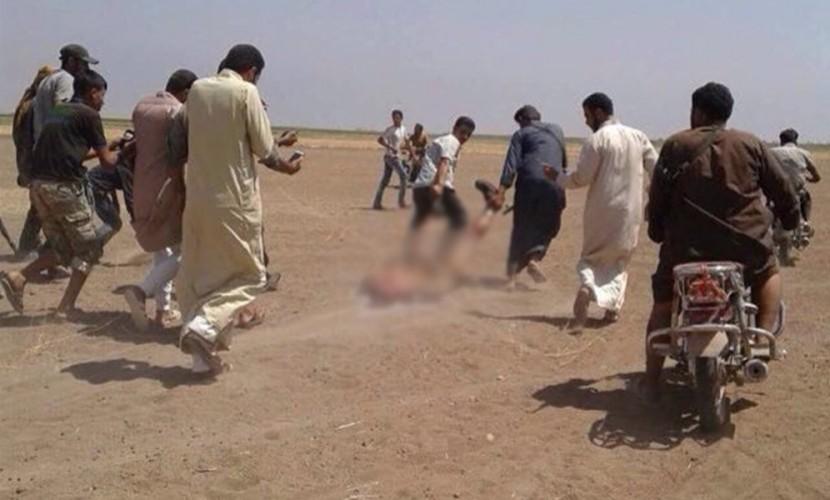 Сирийские боевики опубликовали видео с издевательствами над членами экипажа сбитого Ми-8