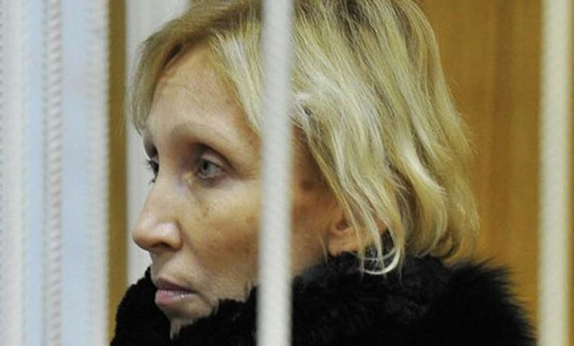 Фигурантка «дела Славянки» Ю.Ротанова впроцессе  провозглашения  вердикта  упала вобморок