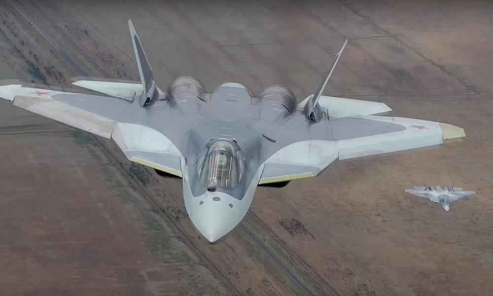 Минобороны опубликовало захватывающее видео с российскими военными самолетами во главе с Т-50