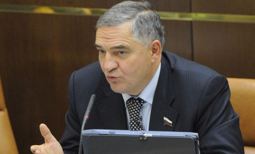 Экс-сенатору отказали в регистрации кандидатом в Госдуму из-за одной справки