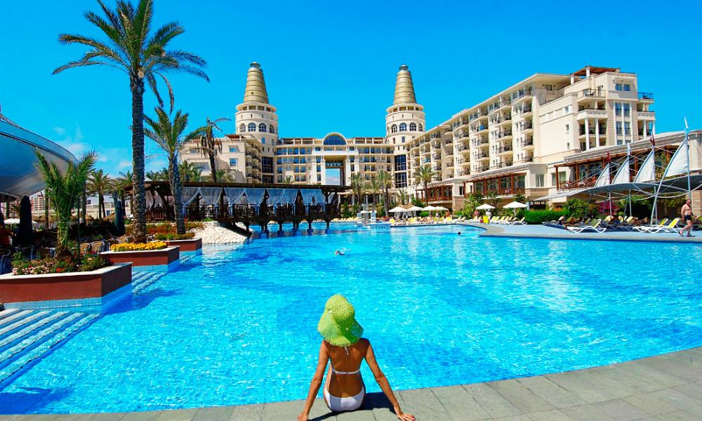 Российские туроператоры назвали среднюю цену на отдых в Турции после возобновления чартеров