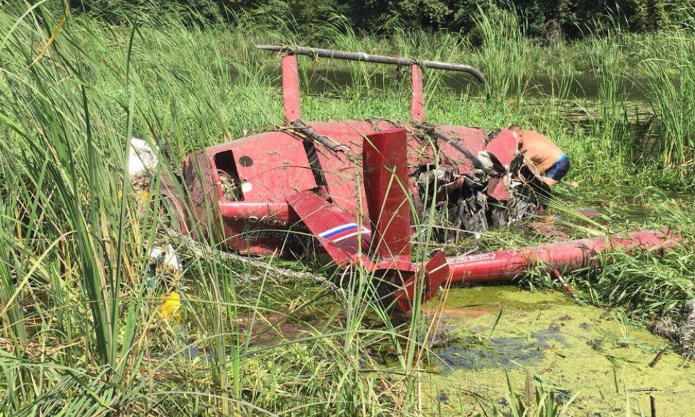 Вертолет Robinson с четырьмя детьми на борту задел ЛЭП и жестко приземлился под Воронежем