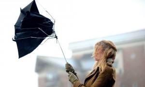 Шквалистый ветер с запада ударит по Москве