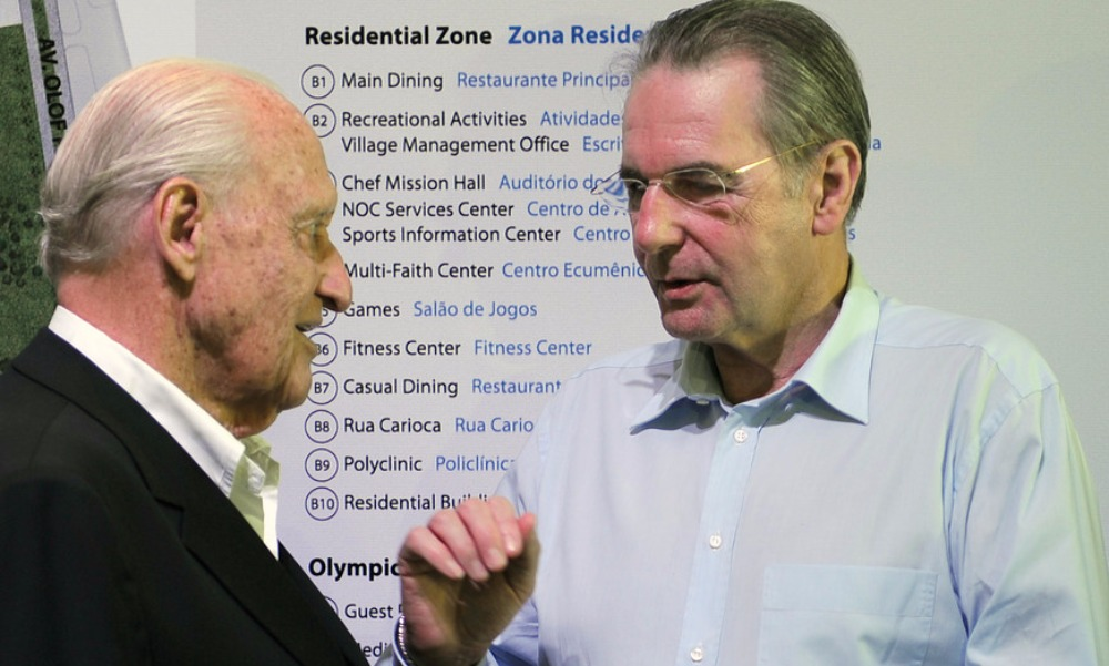 Жоао Авеланж (слева) и бывший президент Международного олимпийского комитета Жак Рогге.