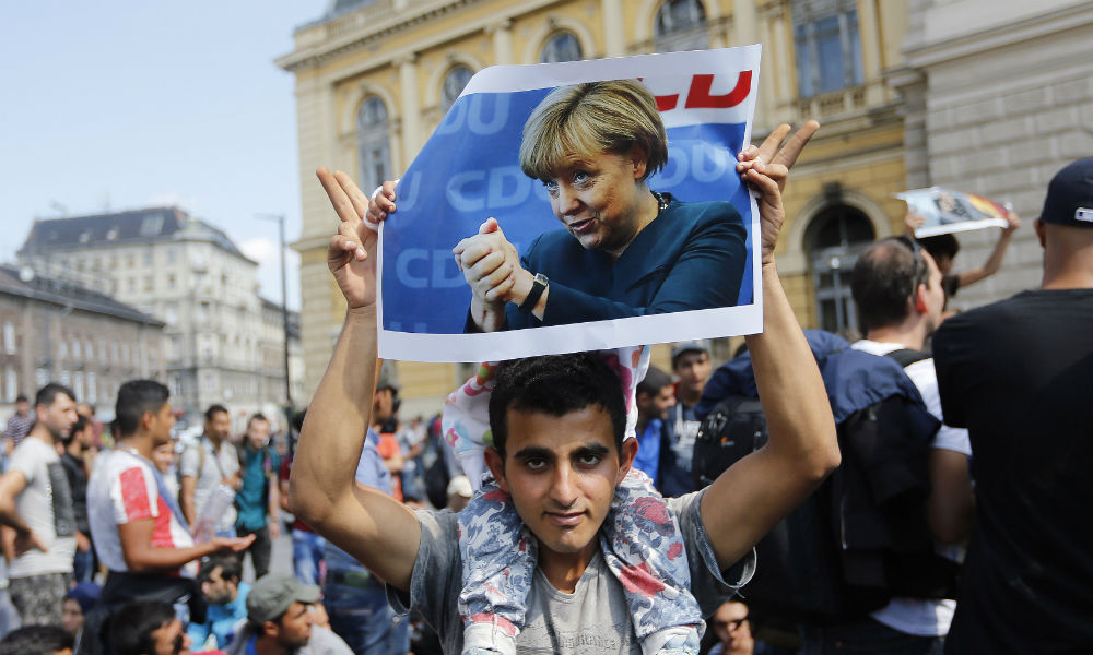 Глава МВД Германии напуган числом потенциальных террористов в стране