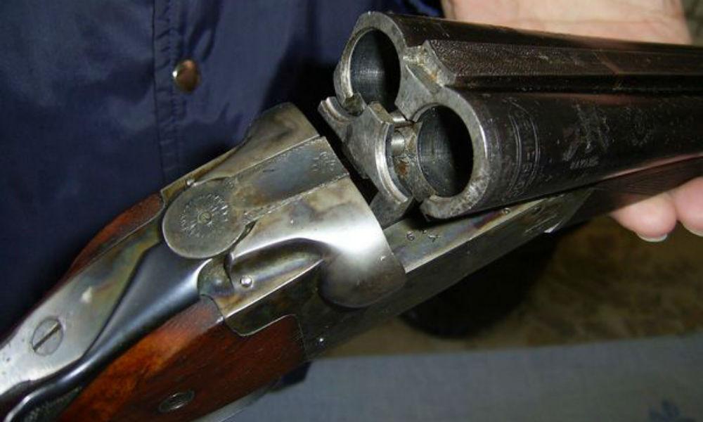 Мужчина открыл стрельбу из обреза ружья на избирательном участке под Челябинском
