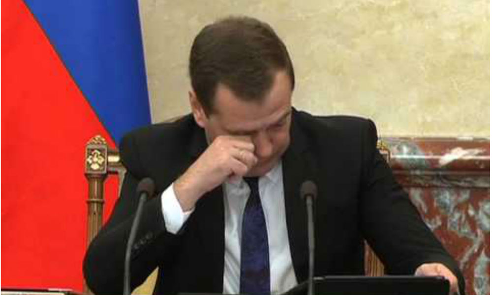 Глава правительства пообещал российским пенсионерам