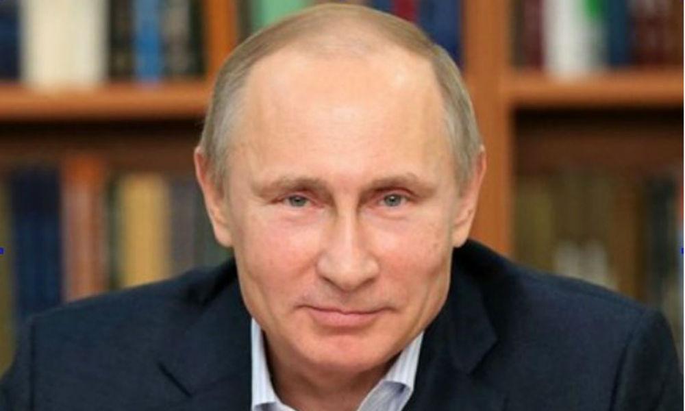 Путин напомнил увлекшейся политикой