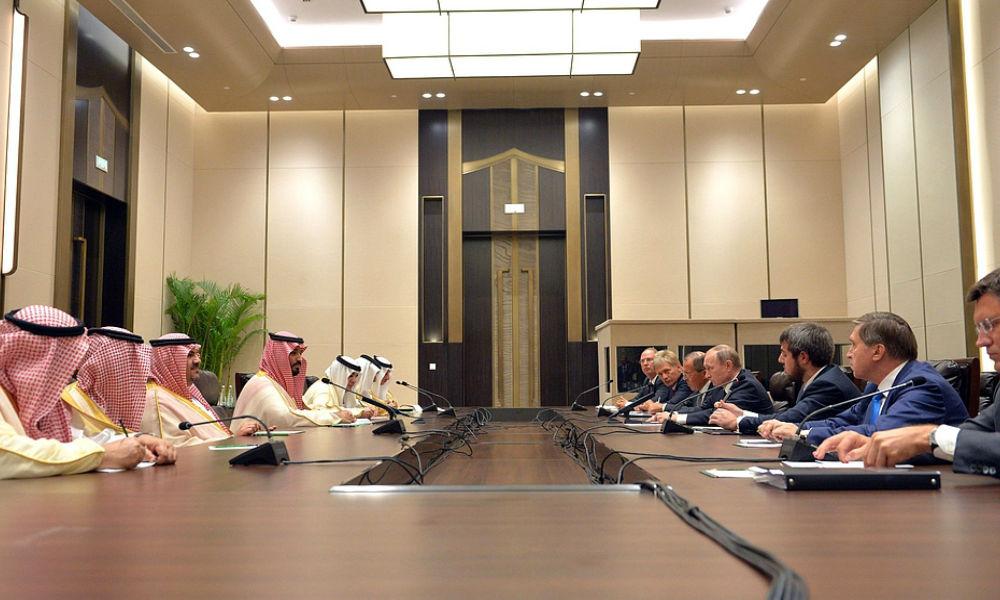Встреча Путина с наследным принцем Саудовской Аравии подняла цены на нефть