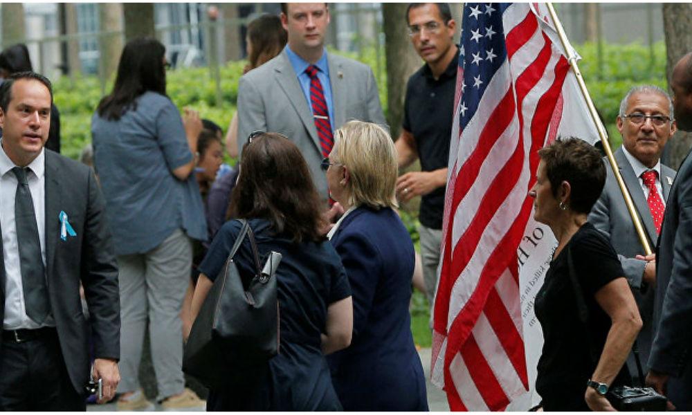 Клинтон пресекла разговоры о слабом здоровье после обморока