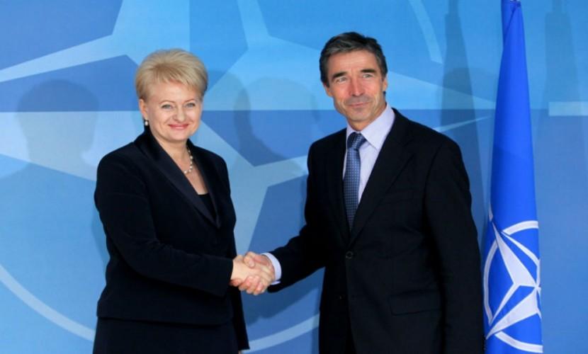 Ярый сторонник США Грибаускайте обвинила Евросоюз в создании альтернативы НАТО