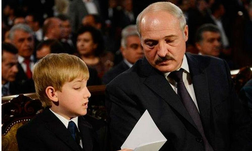 Лукашенко обиделся на журналистов из-за написанной