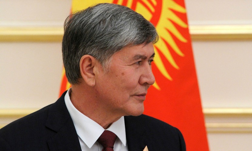 Президент Киргизии Атамбаев прилетел лечить больное сердце в Москву