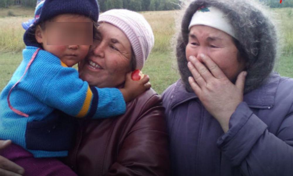 Найти маму: в Башкирии малышка сутки пробыла в лесу и прошла девять километров