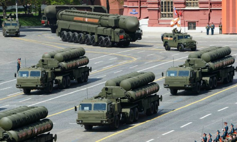 Новейшие российские ракетные комплексы С-400 заинтересовали Бахрейн