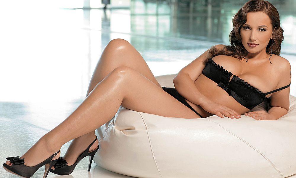Я не рекламирую средства для похудения: Анфиса Чехова рассказала в соцсети о мошенниках