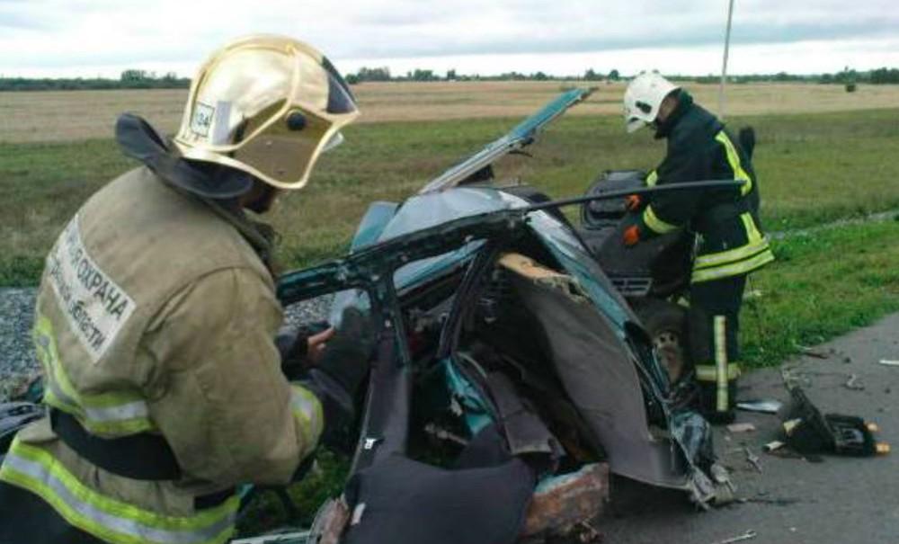 Мать 11 детей погибла в жутком ДТП с грузовиком в Ленинградской области